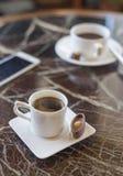 Mañana caliente vacía de la leche de la rotura de la bebida del café express de la taza del cofee del chocolate del capuchino del Foto de archivo