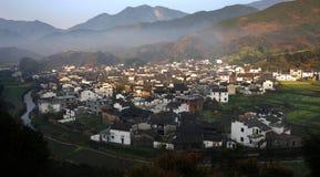 Mañana de la aldea Fotos de archivo