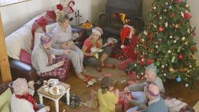 Mañana de la Navidad ocupada almacen de video