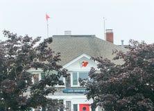 Mañana de niebla nuevo Bedford Yacht Club Padnaram Dartmouth Massachu imagen de archivo libre de regalías