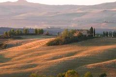 Mañana de septiembre en el chalet del belvedere ` Orcia, Italia de San Quirico d Fotografía de archivo