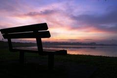 Mañana en el paisaje del lago foto de archivo libre de regalías