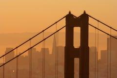Mañana en el puente de puerta de oro Fotos de archivo libres de regalías