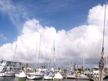 Mañana en el puerto fotografía de archivo