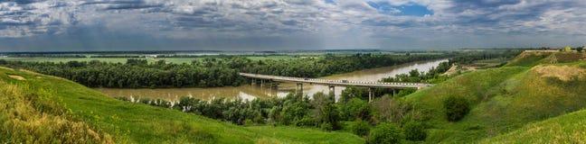 Mañana en el río de Kuban Imagenes de archivo