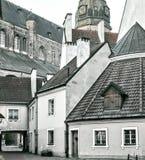 Mañana en la ciudad vieja de Riga Fotos de archivo libres de regalías