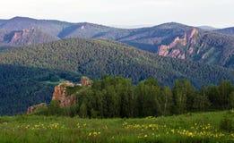 Mañana en montañas Foto de archivo libre de regalías
