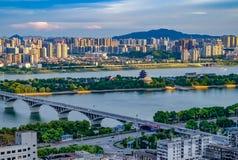 Mañana hermosa en la ciudad de Changsha China 2017 fotografía de archivo