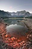 Mañana magnífica del lago Fusine imagen de archivo libre de regalías