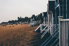 Mañanas frías en la playa foto de archivo libre de regalías