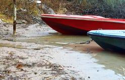Mała łódka cumująca Fotografia Stock