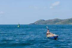 Mała łódka w morzu Obraz Royalty Free
