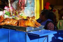 Mała świnia gotował w stallof ulicę w Huaraz, Peru zdjęcie stock