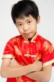Mała azjatykcia śliczna chłopiec w Chińskim kostiumu obrazy stock