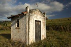 Mała biała kaplica w wsi sao Paulo obrazy stock