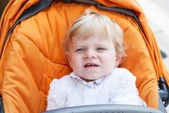 Mała chłopiec w białej christening todze odziewa Zdjęcie Stock