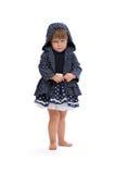 Mała dziewczynka gniewna w kapiszonie z polek kropkami Obraz Stock