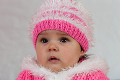 Mała dziewczynka która lubi pozować. Obraz Stock