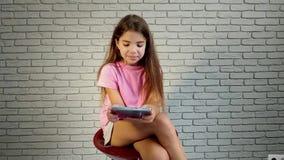 Mała dziewczynka telefon zbiory wideo