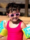 Mała dziewczynka w basenie Obrazy Stock