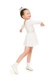 Mała dziewczynka w białej balowej todze Obrazy Royalty Free