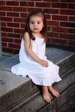 Mała Dziewczynka w bielu obrazy stock