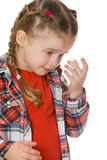 Mała dziewczynka wyciera ona łzy zdjęcie royalty free