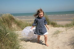mała dziewczyny przesłona zdjęcie stock