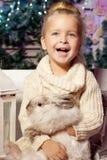 mała dziewczyny zima dziecko się uśmiecha słodki dzieciak Obraz Royalty Free