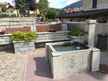 Mała fontanna jako źródło woda pitna Zdjęcie Royalty Free