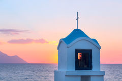 Mała grecka kaplica Athos przy, góra i obraz royalty free