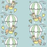 Mała jednorożec w lotniczego balonu spojrzeniach w spyglass Zdjęcia Royalty Free