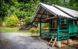 Mała kabina w kurorcie w Kiriwong obrazy royalty free