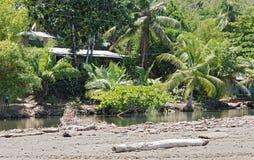 Mała laguna na plaży Drake w prowinci Puntarenas, Costa Rica Zdjęcia Stock