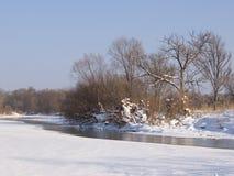 Mała mała rzeka w zimie Zdjęcie Stock