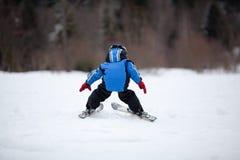 Mała narciarska dziewczyna Zdjęcie Royalty Free