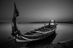 Mała pasażerska rzeczna łódź fotografia royalty free