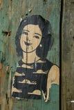Mała pasta kobieta na drewnianej poczta zdjęcia royalty free