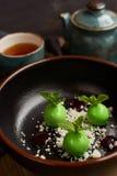 Mała zieleń glazurująca jabłko pustynia Obrazy Royalty Free