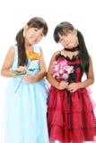 Małe Asia dziewczyn siostry Zdjęcia Royalty Free