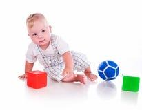 małe chłopiec zabawki fotografia royalty free