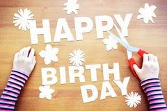 Małe dziecko marzy o urodzinowych świętowaniach Obraz Stock