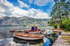 małe podpalane łodzie Zdjęcia Royalty Free