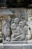 Małpuje ulgę na prambanan świątynnym Yogyakarta środkowy Java Indonesia Obraz Stock