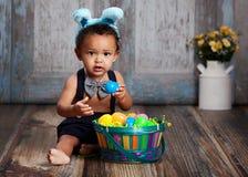 Mały Błękitny Wielkanocny królik obrazy royalty free