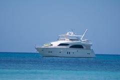 Mały biały motorboat Obraz Royalty Free