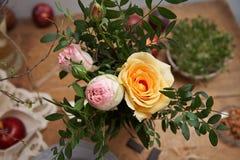Mały bukiet kenii róże Obrazy Royalty Free