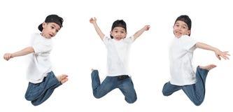 mały chłopiec doskakiwanie Fotografia Royalty Free