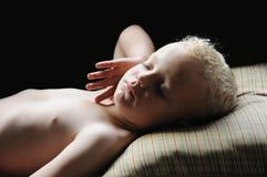 mały chłopiec dosypianie Obrazy Stock