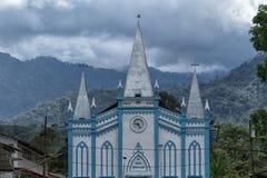 Mały colourful kościół w Cotundo Ekwador obraz stock